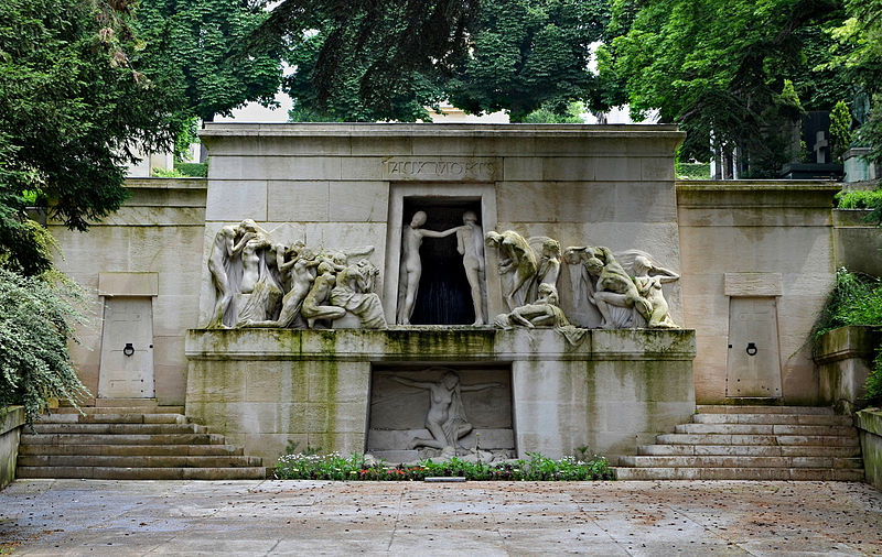 Paris_Monument_aux_morts_Bartholomé_2013