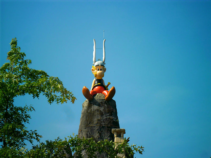 800px-Asterix_on_the_Rock